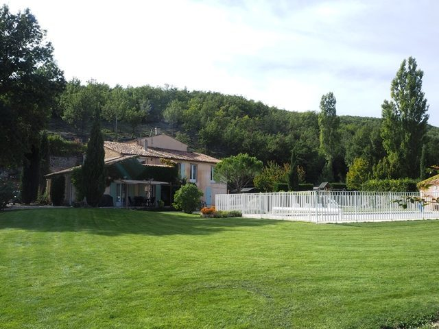 Propriété <b>7 ha 60 a </b> Alpes-de-Haute-Provence (04)
