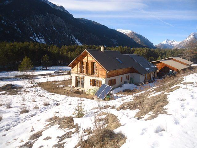 Propriété 1 ha  Hautes-Alpes (05)
