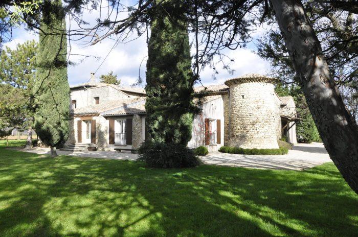 Propriété <b>5 ha </b> Drôme (26)