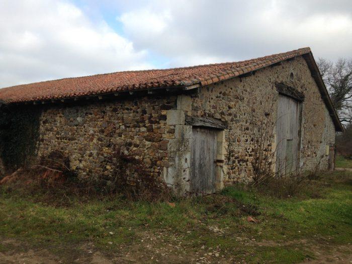 Propriété 7 ha 26 a  Charente (16)