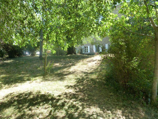 Propriété 57 ha 95 a  Loire (42)