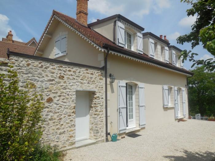 Location maison 77 seine et marne louer villa seine et marne for Maison seine et marne