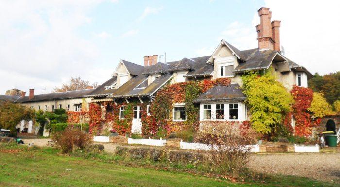 Vente Maison 4 chambres - 12 pièces - 300 m² à Fontenay-sur-Loing (45210)