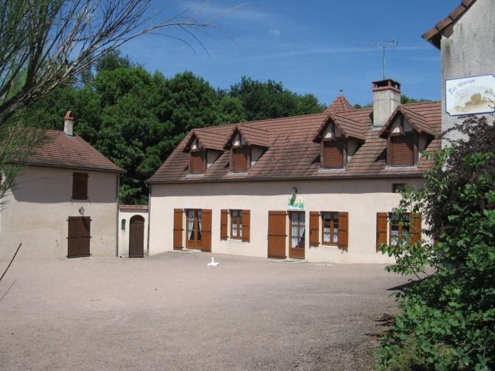 Vente de Maison 15 pièces - 360 m² à Charolles (71120)