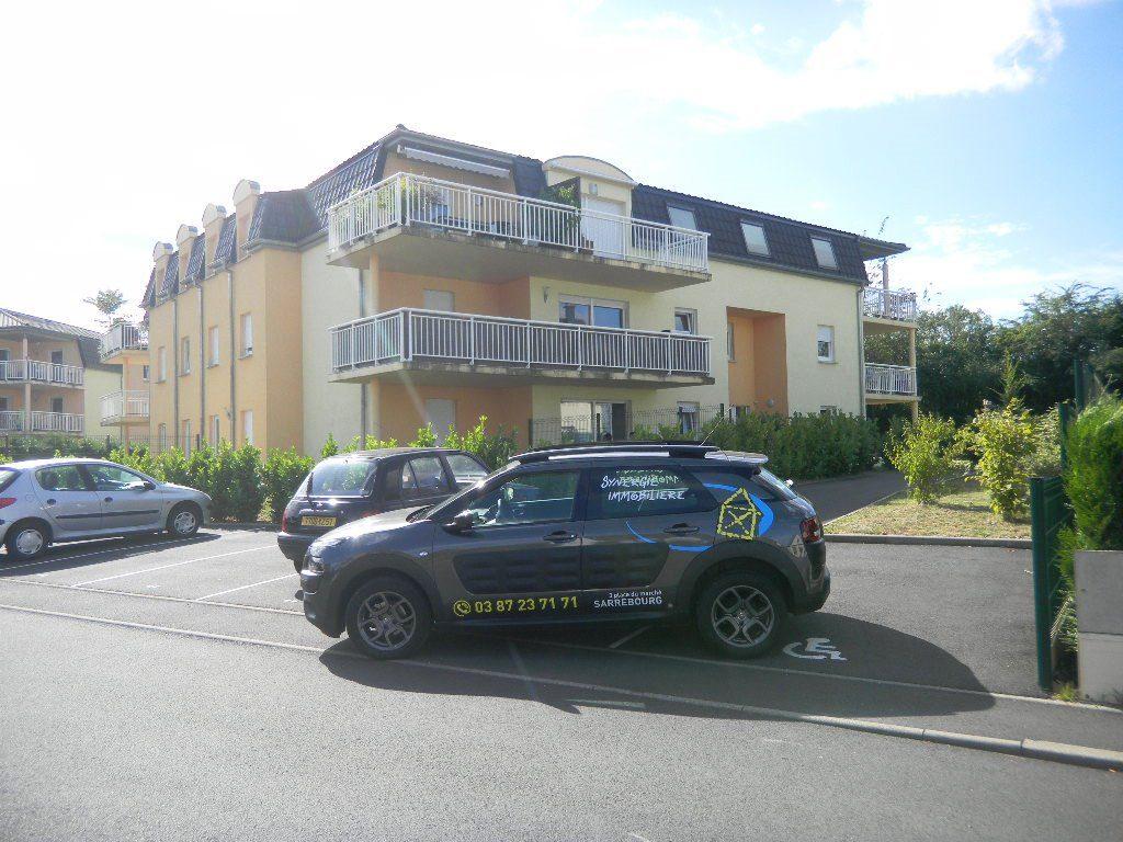 Appartement  Sarrebourg  4 pièces 94 m²