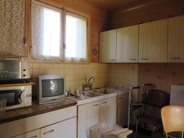 Pavillon à rénover située dans un petit hameau dans le Parc Régional du Morvan sur un terrain de 1198m²