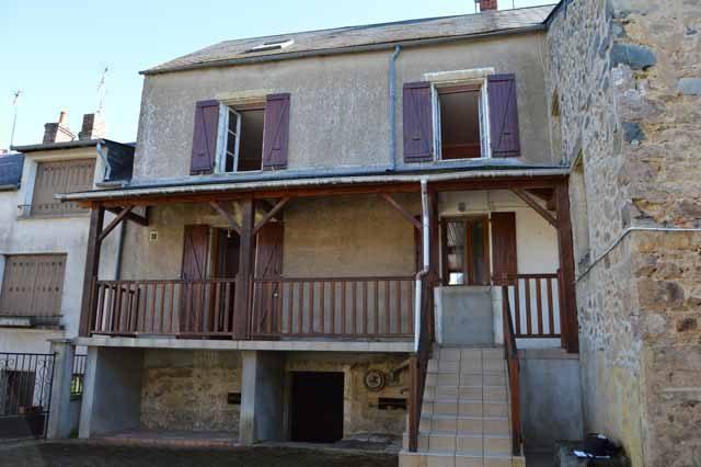 Maison villapourcon  85 m² 5 pièces