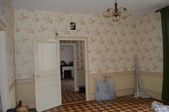 8 pièces Saint-Honoré-Les-Bains  Maison 150 m²
