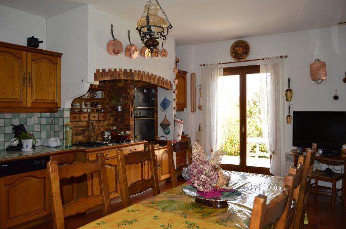 Maison 7 pièces  215 m² Poil