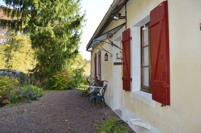 Maison Savigny-Poil-Fol  70 m² 4 pièces