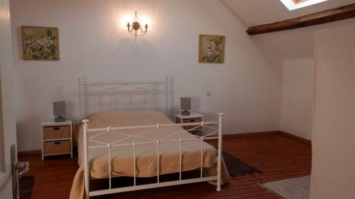 345 m²   Maison 12 pièces