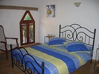 12 pièces  345 m²  Maison
