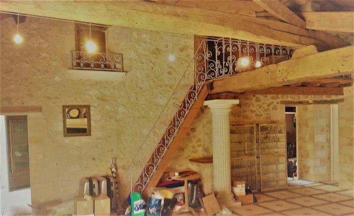 Adorable maison individuelle en pierre à           vf                                                 Gensac