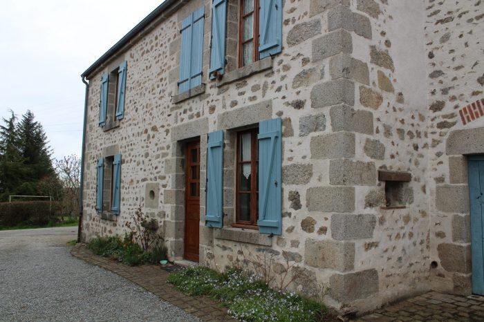 Maison  172 m²  11 pièces