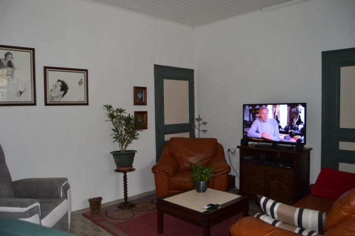 197 m²  8 pièces  Maison
