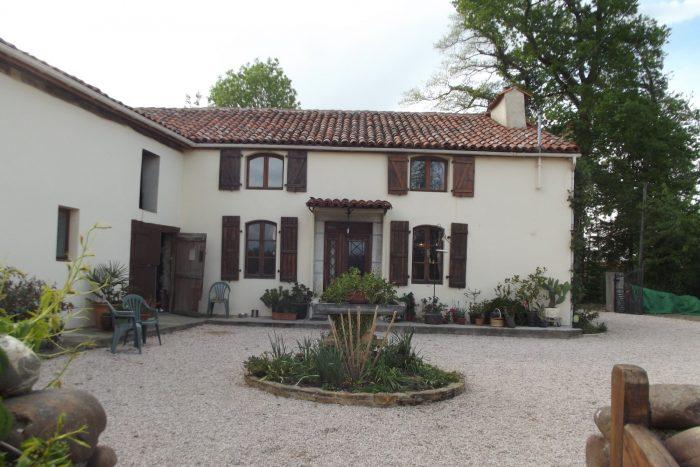 Villeneuve-Lécussan  4 pièces 110 m² Maison