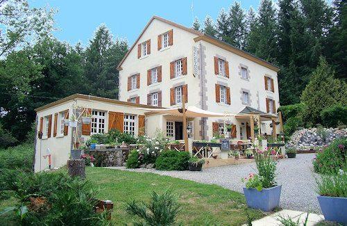Creuse (23)  Maison 25 pièces 530 m²