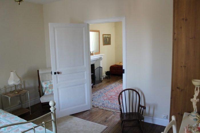 Belle maison spacieux restaurée de village avec gîte en Creuse en Limousin en France.