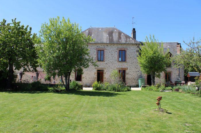 16 pièces Maison  Creuse (23) 196 m²