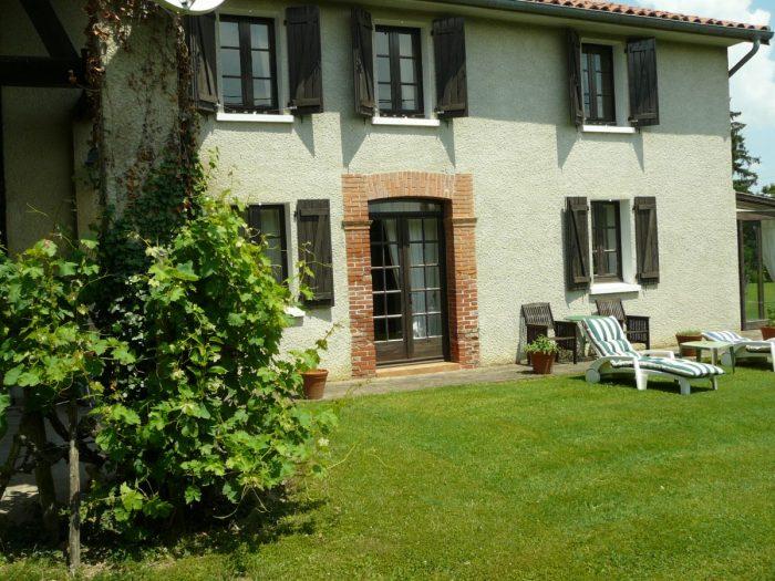 Maison 244 m² 6 pièces