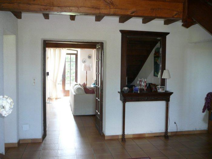 244 m² Maison  6 pièces