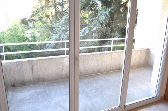 t2 46m celleneuve montpellier toit de r ve montpellier. Black Bedroom Furniture Sets. Home Design Ideas