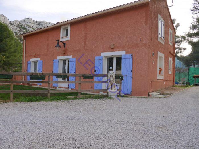 Vente Maison 4 chambres - 5 pièces - 150 m² à Marseille (13009)