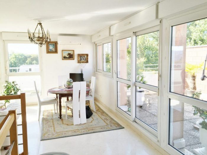 Vente Appartement 2 chambres - 4 pièces - 85 m² à Besan (25000)