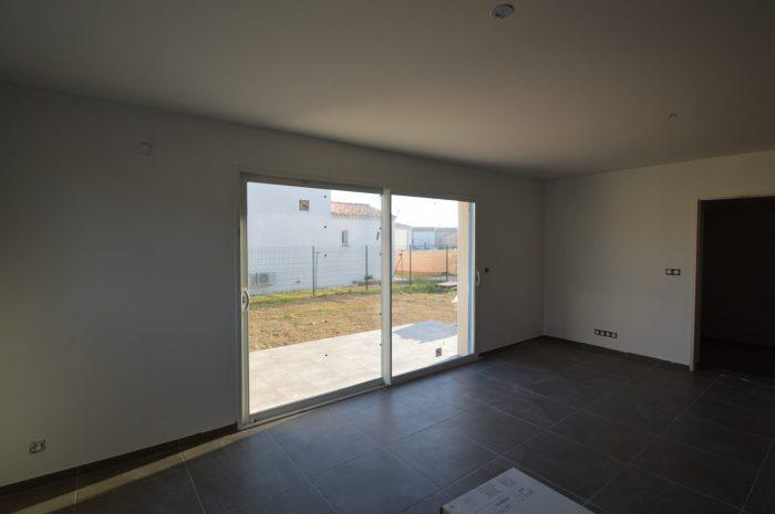 Villa moderne neuve au calme plein sud calvisson 30420 for Villa moderne prix