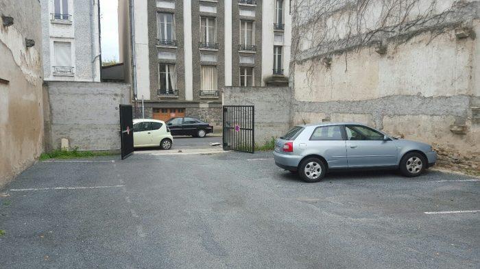 Vente garage parking montlu on 03100 sur le partenaire for Garage opel montlucon