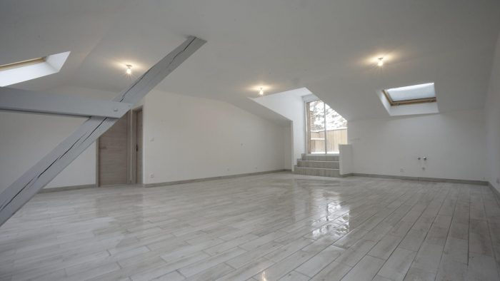 4 pièces 91 m² Appartement Klingenthal