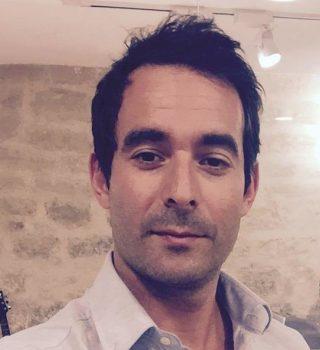 Négociateur Julien TOURJDMAN