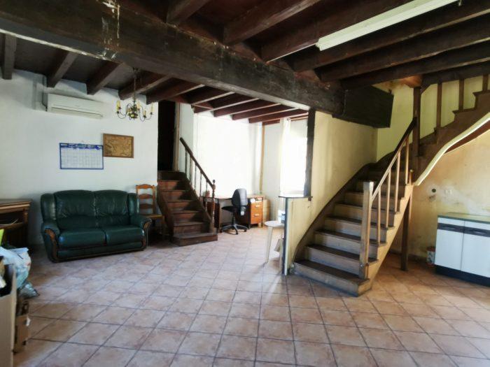 Maison dans petit bourg calme d couvrir ronnet 03420 for Decouvrir maison