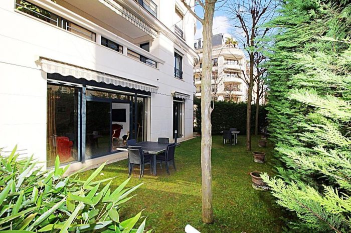 Terrasse st mand saint mand g m trade immobilier for Piscine saint mande