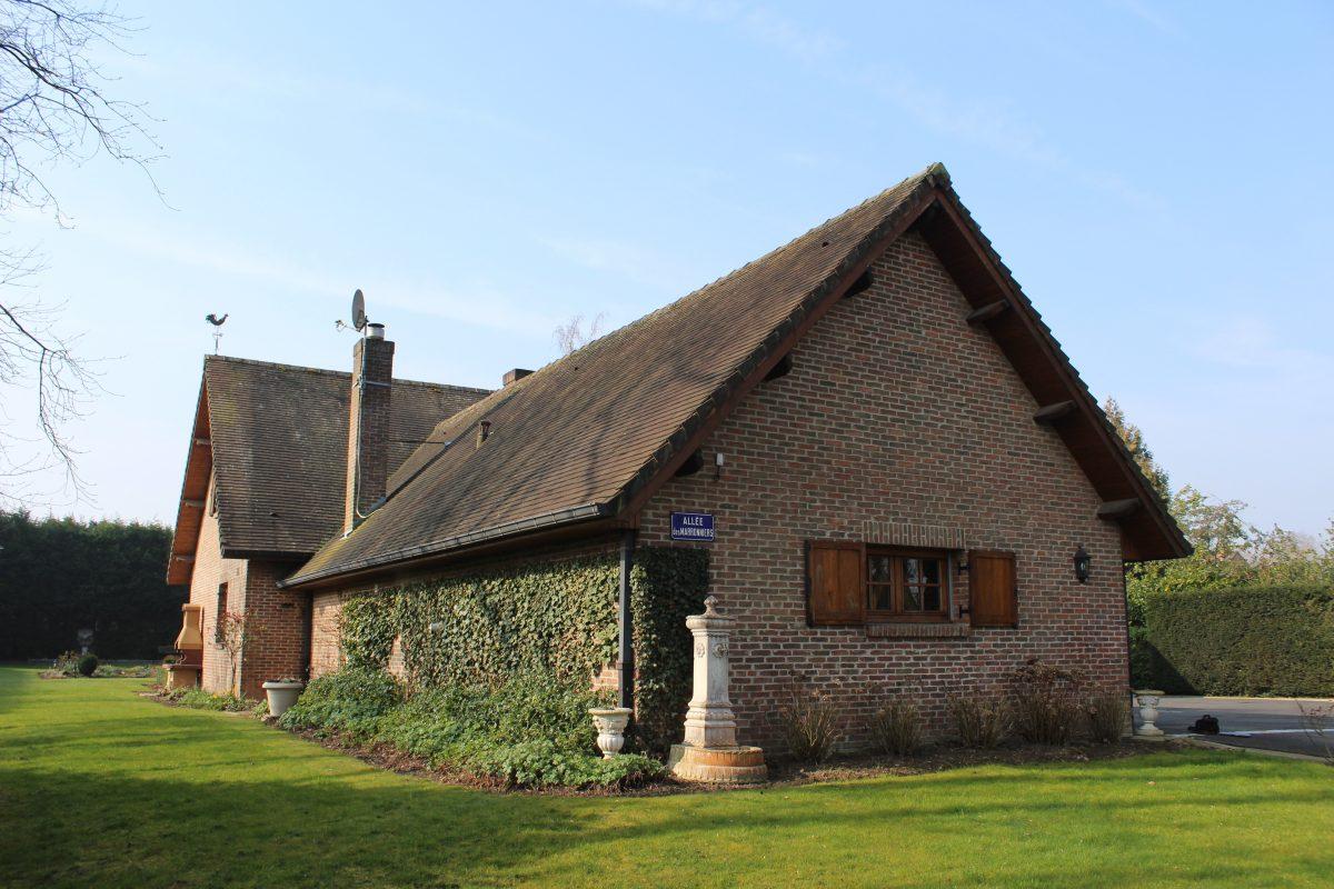 Pavillon sur 3000 m2 phalempin for Vente maison individuelle rombas