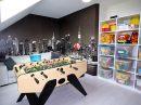 Maison   176 m² 7 pièces