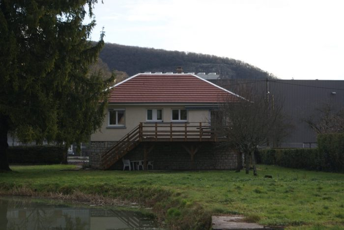 Maison au coeur de la ville baume les dames open habitat for Vente maison individuelle 06