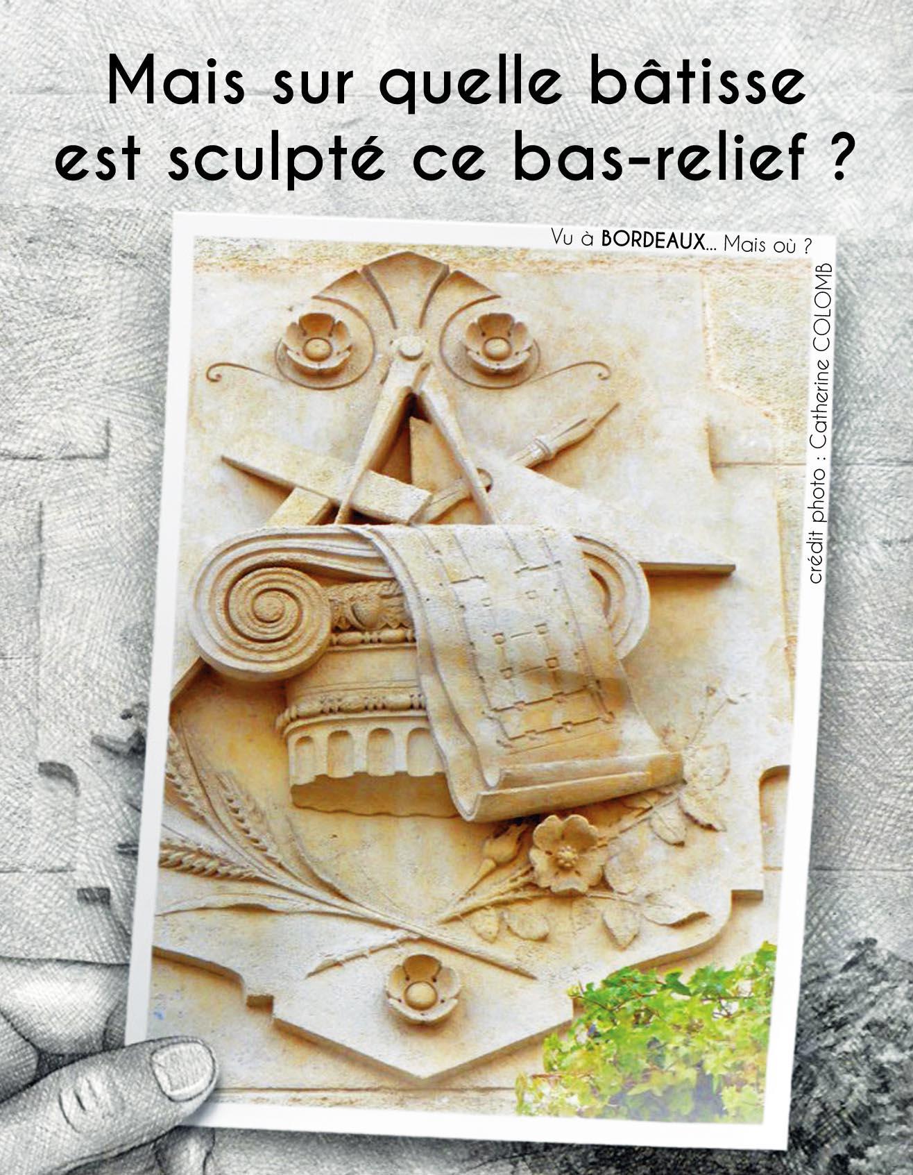 Mais sur quelle bâtisse est sculpté ce bas-relief ?