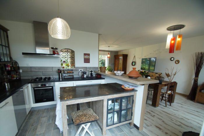 longvilliers 78730. Black Bedroom Furniture Sets. Home Design Ideas