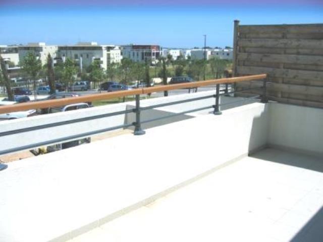 beau t2 malbosc garage montpellier toit de r ve montpellier. Black Bedroom Furniture Sets. Home Design Ideas