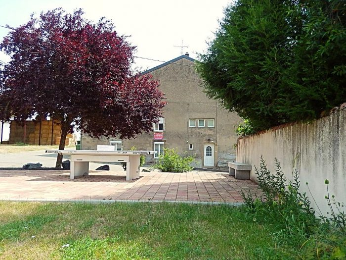 photo de Grande maison de village 6 pièces, avec dépendance.