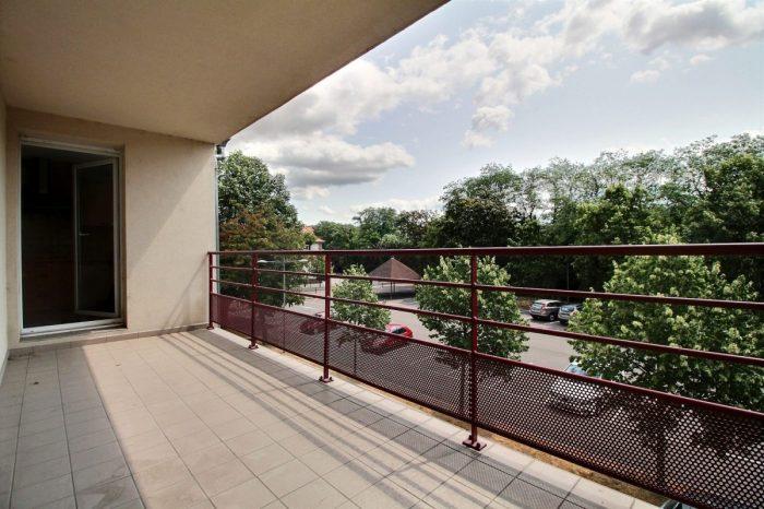 ingersheim 3 pi ces terrasse sans vis vis garage cave. Black Bedroom Furniture Sets. Home Design Ideas